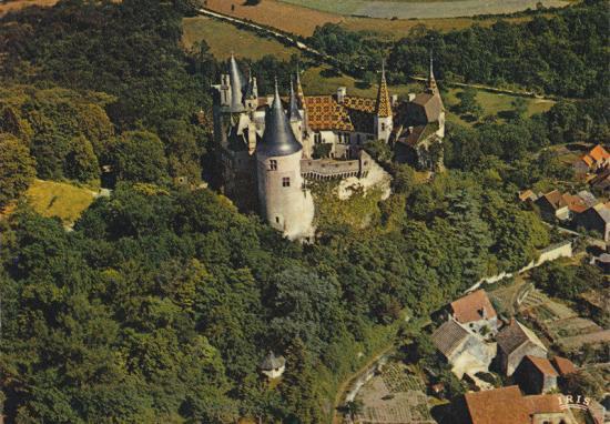 la-rochepot-le-chateau.jpg