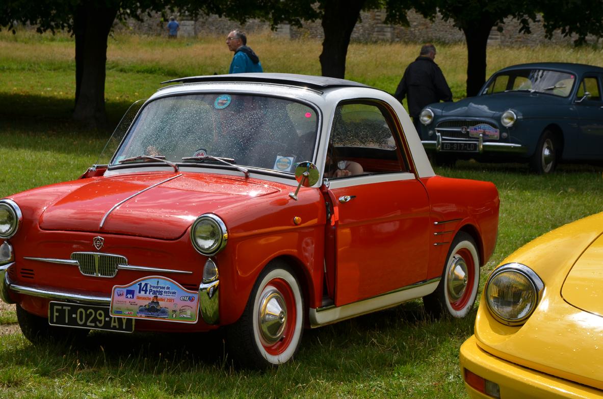 Petite voiture 1