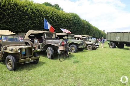 Vehicules militaires